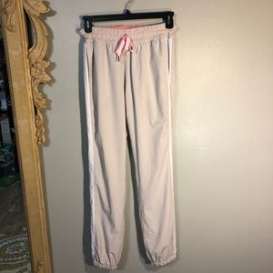 Lululemon Light Tan Joggers. Two front pockets,